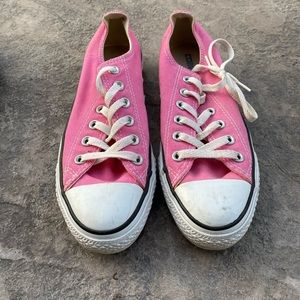 Converse sneakers pink men's size 5